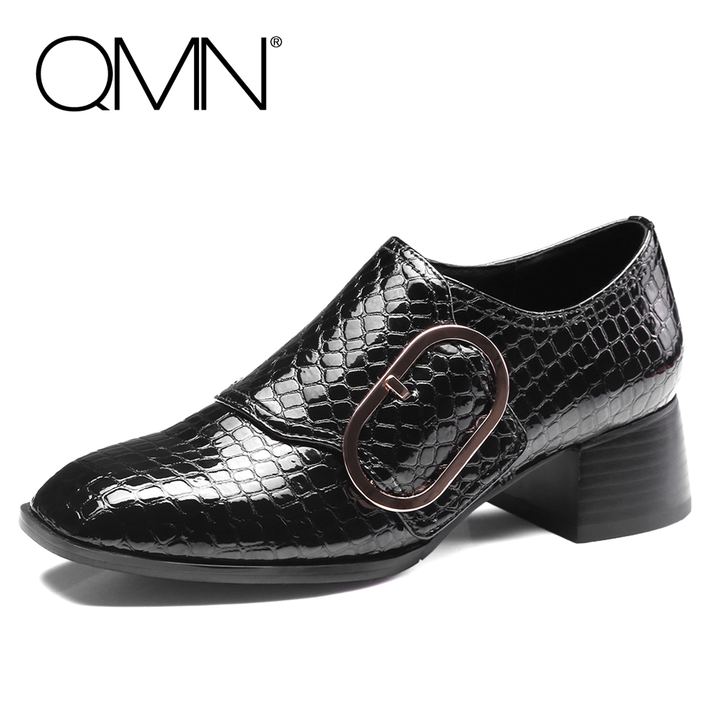 ФОТО QMN women buckled snake-effect glossed leather pumps Women Retro Square Toe Middel Heel Shoes Woman Genuine Leather Heels