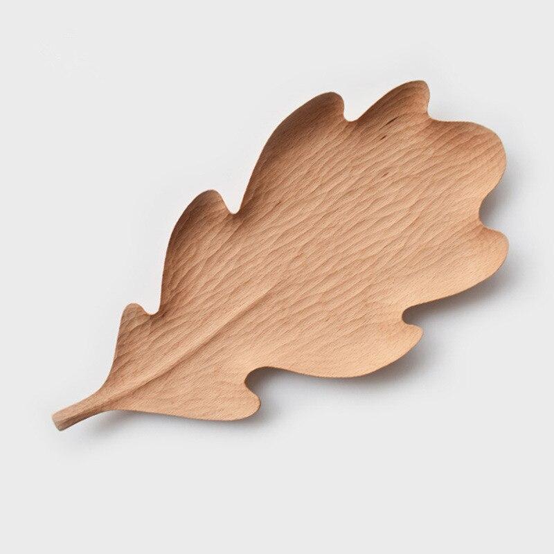 Originais Feitas À Mão Placa De Madeira Maple Leaves Estilo para Lanches/Bolo Placa Prato Criativo Bandeja de Armazenamento de Utensílios de Mesa de Madeira de Faia - 4