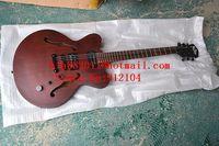 Il trasporto libero nuovo F buco chitarra elettrica con hardware nero e corpo in mogano in Cioccolato made in China F-1783