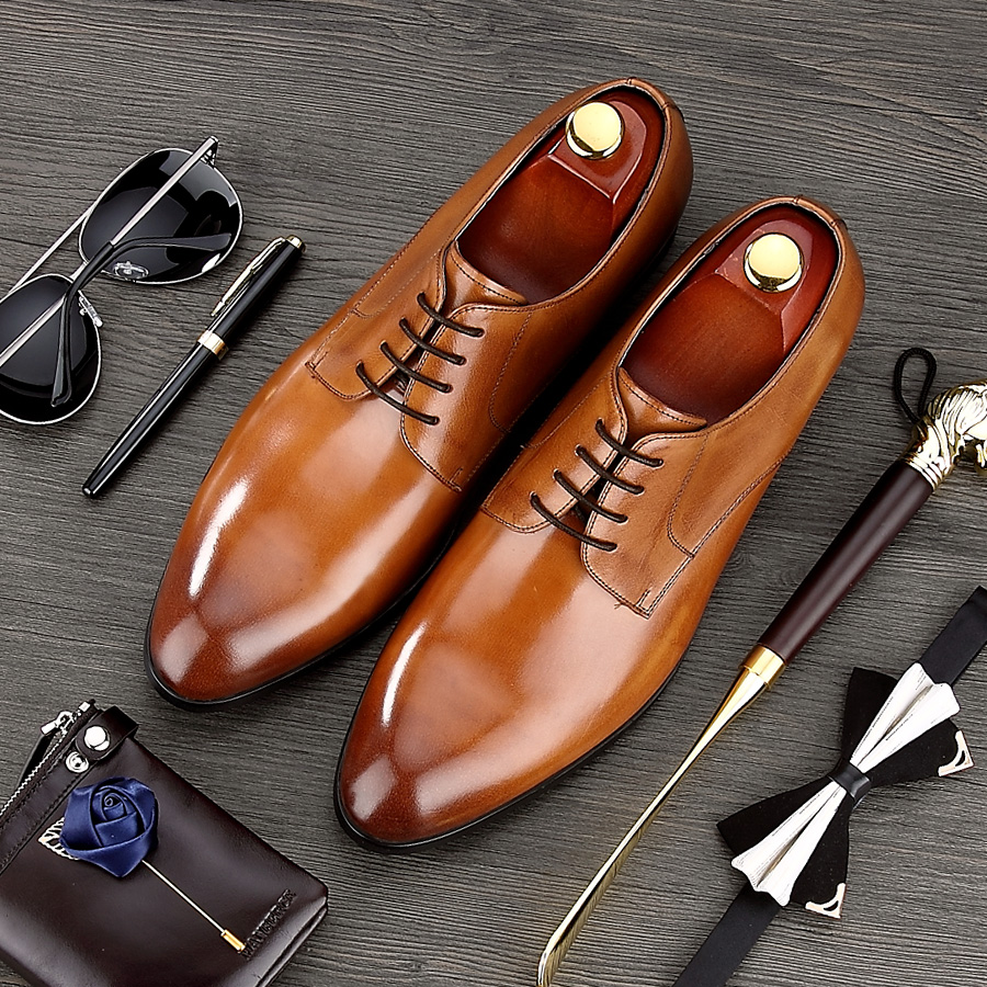luxury round toe breathable man formal dress shoes genuine leather derby carved oxfords famous men s bridal wedding flats gd78 2017 High Quality Formal Man Dress Shoes Male Genuine Leather Handmade Oxfords Luxury Brand Men's Bridal Wedding Flats MG64