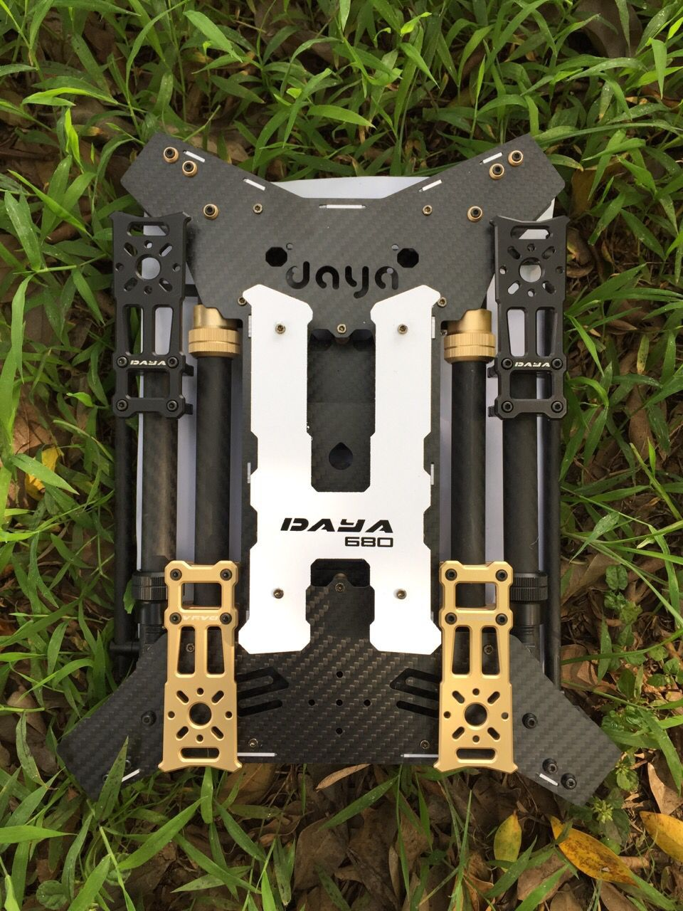 680 Daya 680 daya-680 Folding 4-Axis Carbon Fiber UAV H4 Quadcopter Frame w/Landing Gear for FPV atg tt x4 12 reptile 4 axis glass carbon folding frame kit with landing gear black