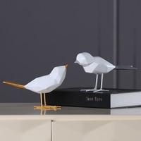 Set of 2 Modern Resin Birds with Golden Silver Tail Minimalist Style White Birds Ornament Home Decor European Figurine
