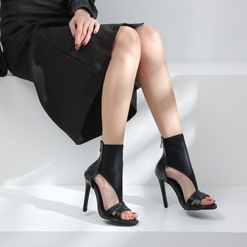 2019 summer new open-toe high-top boots with cool boots Roman stiletto heels back zipper sandals women's size shoes