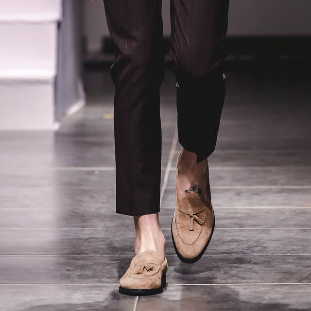 US $163 12 38% OFF|VIKEDUO Summer Casual Loafers Shoes Men 2019 Suede  Handmade Men's Shoes Tassel Wedding Office Fashion Sapato Hot Footwear  Zapato-in