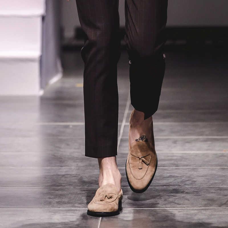 VIKEDUO verano Casual mocasines zapatos hombres 2019 gamuza hecho a mano hombres zapatos borla boda Oficina moda Sapato calzado caliente Zapato