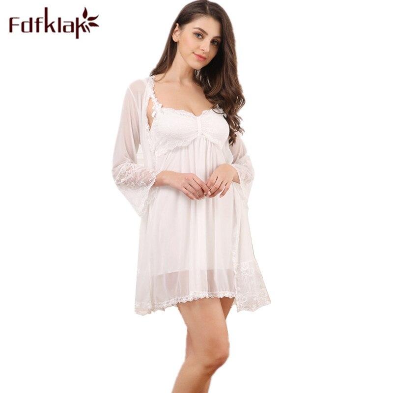 db4975e0b3 Fdfklak Two Piece Nightgown Robe Set 2018 Summer Lace Sleepwear Dress  Nightdress Homewear Lingerie Femme Nighty Set Q1066-in Robe   Gown Sets  from Underwear ...