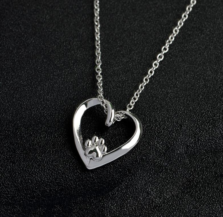 Shangshuo Classic Cute Heart Paw Long Chain Necklace Women Paw Statement Necklace Choker Female Gift Party Gift kolye N232