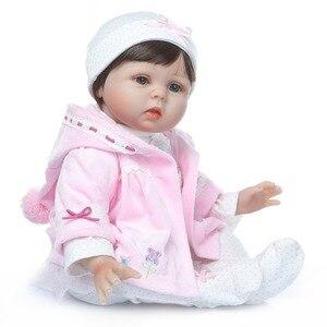 Image 5 - NPK 2019 yeni tasarım bebek bebek kız Reborn bebekler çocuk oyuncak yumuşak silikon vinil 22 50 cm gerçek hayat bebek reborn Alive bebek