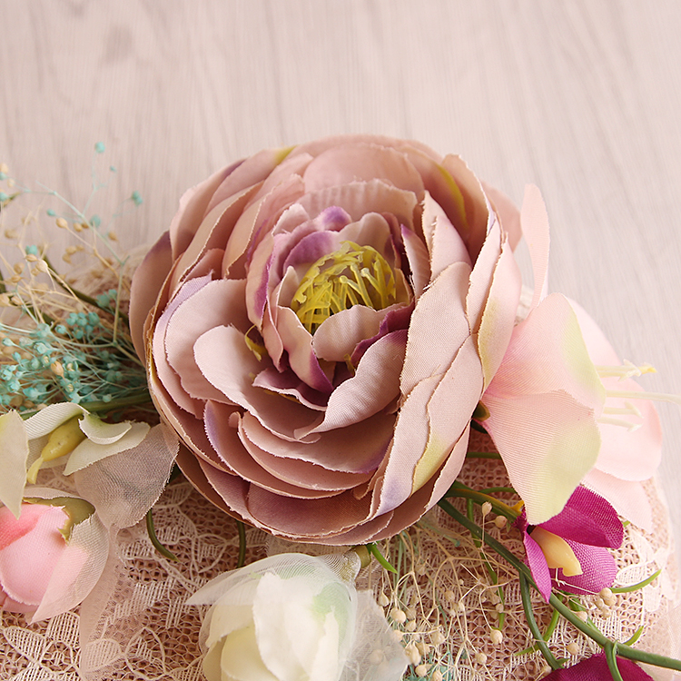 Kapelë dasmash prej liri rozë me dantellë - Aksesorë veshjesh - Foto 5