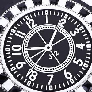 Image 2 - Auto Anti rutsch matte Diamant Uhr Anti slip Pad Diamant PVC Schaum Nicht slip Pad Für GPS handy Sonnenbrille Auto Zubehör