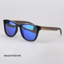 1505 new unisex's style plastic sunglasses with wood temple polarized lens  sunshade UVB  UVA