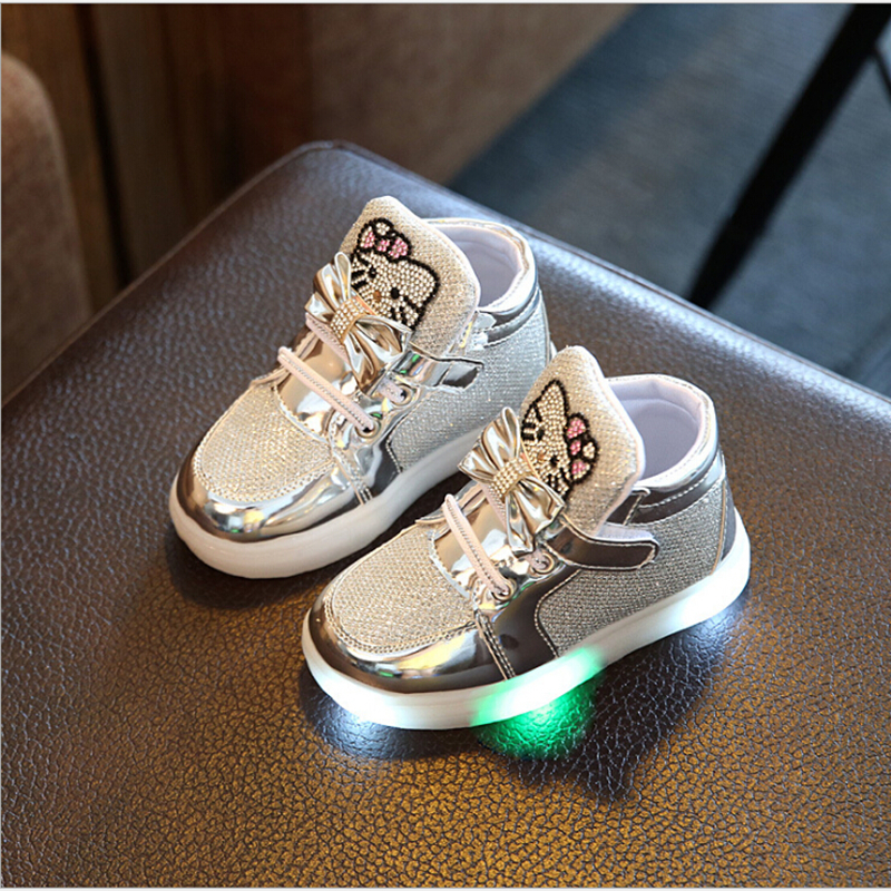 2017-NEW-Children-Light-Up-Glowing-Sneakers-Kids-LED-Luminous-Shoes-Boys-Girls-Colorful-Flashing-Lights-Sneakers-Led-Sport-Shoes-3