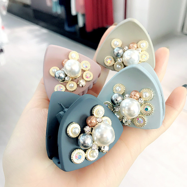 9412ff7590af9 Korea Handmade Matte Acrylic Pearl Rhinestone Adult Women Hairpins Hair  clips Claws Head wear Apparel Accessories