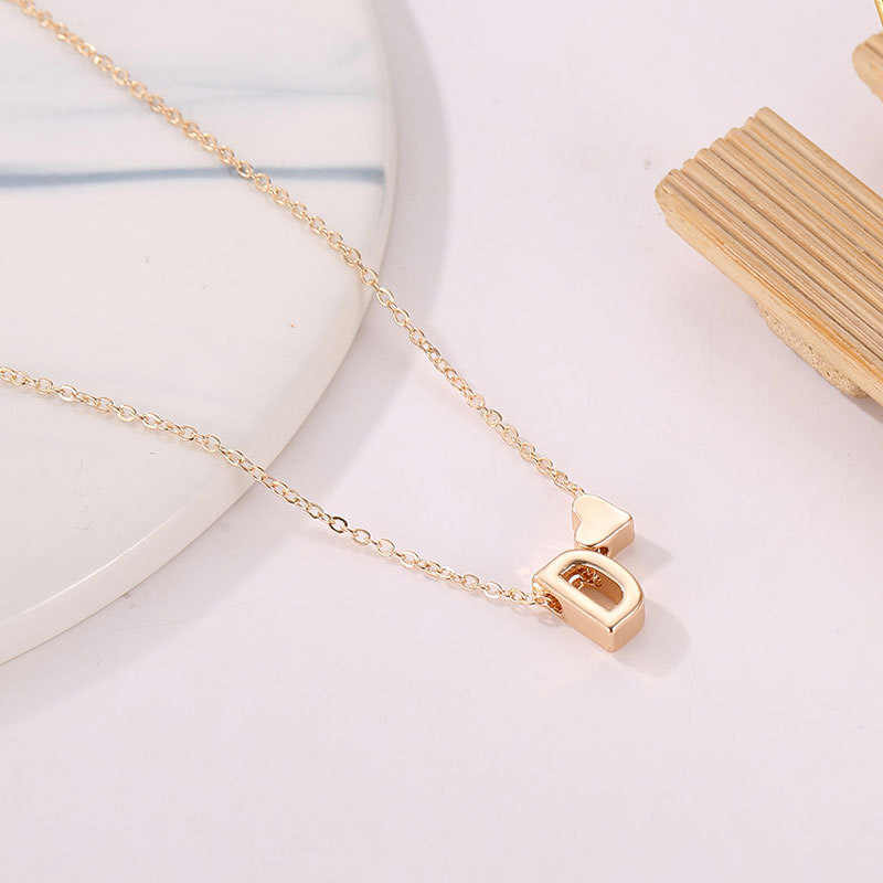 Fashion Tiny Dainty Heart Necklace for women Personalized Letter Necklace Name Jewelry accessories girlfriend gift