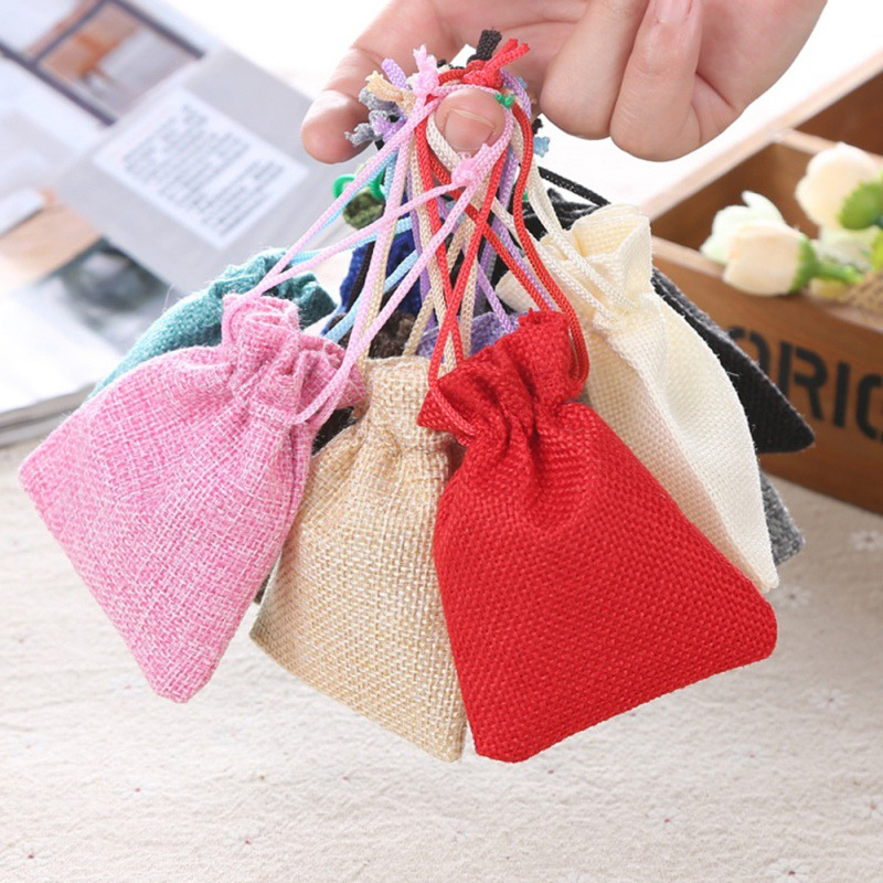 Us 1 59 19 Off 10pcs Christmas Linen Jute Drawstring Gift Bags Sacks Wedding Birthday Party Favors Baby Shower Supplies In