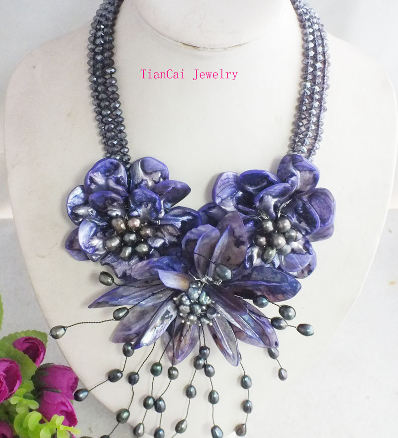 2017 New Fashion Black crystal beads and purple shell flower necklace