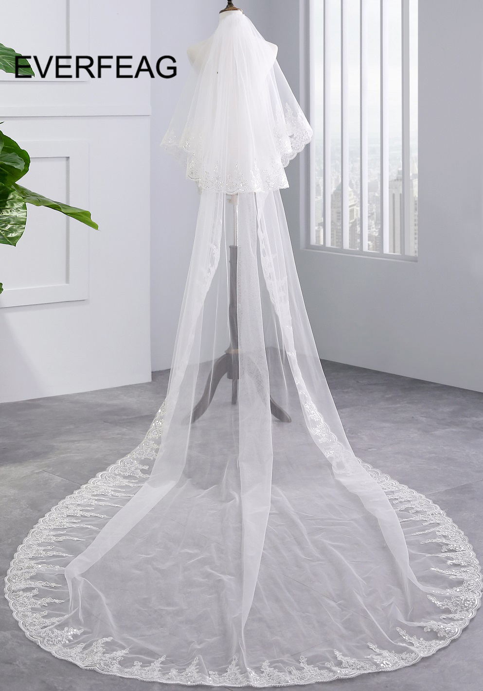 2019 Cheap 3 Meters Wedding Veils with Comb White Ivory Full Lace Edge Two Layers Long Bridal Veil velo de novia