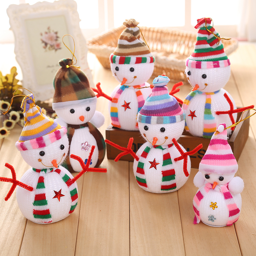 Factory direct <font><b>Christmas</b></font> <font><b>Snowman</b></font> <font><b>doll</b></font> small gift <font><b>Christmas</b></font> tree ornaments <font><b>lovely</b></font> size <font><b>Snowman</b></font> <font><b>decorative</b></font> <font><b>pendant</b></font>