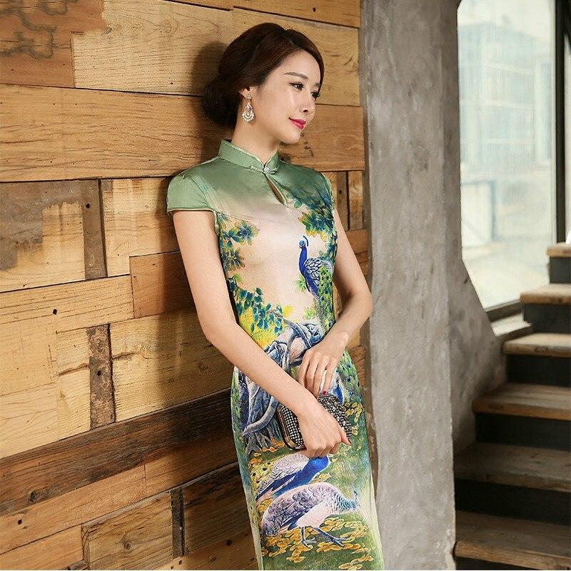 Le Fashioon Manches Courtes Soie Qipao Robe Traditionnelle Chinoise Vêtements de Femmes cheong-sam avec Impression Paysage Chine Robe