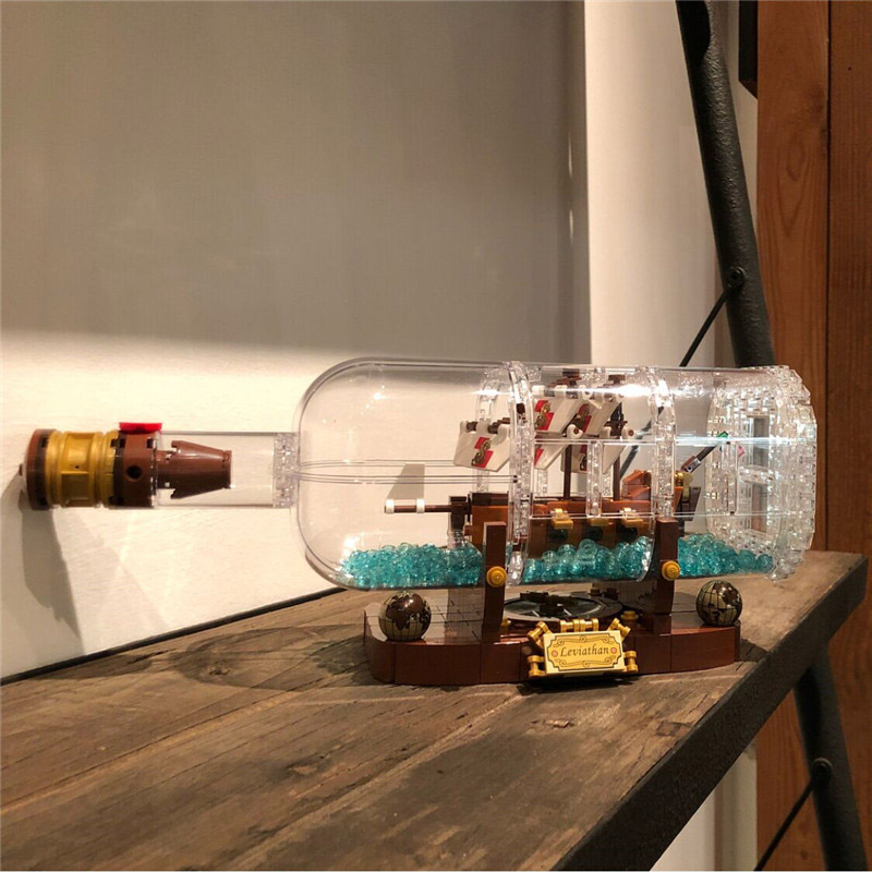 Lepin 16051 1078PCS Movie Series Ship In A Bottle Sets Model Building Blocks Bricks Toys For Children Compatible With 21313 lepin 16051 1078pcs movie series the 21313 pirate ship in a bottle set building blocks bricks toys birthday gifts