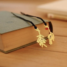 Korean Metal Flowers Leaf Bookmark for Books Creative Luxury Book Mark for Teacher Gift Cute Office Stationery School Supplies