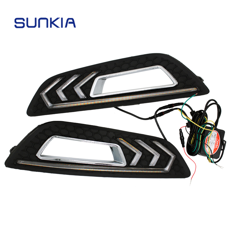 SUNKIA Car LED DRL Daytime Running Lights with Turn Signal and Dimmed Style 12V for Ford Focus 4th 2015 2016 2017