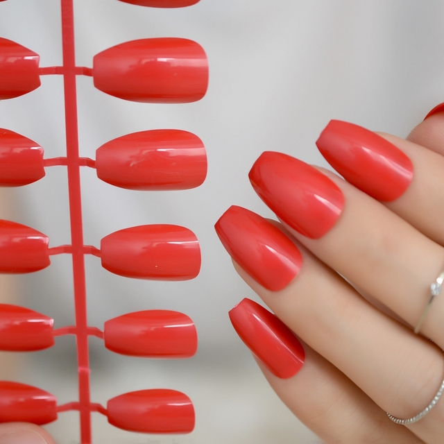 Sexy Red Candy Salon Nails Coffin Design Kit Medium Flat Acrylic
