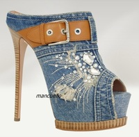 New Arrival Light Blue Denim Platform Slippers Women Stylish Jeans Crystal Buckle Decorated Peep Toe Sandals