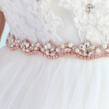 JLZXSY Rose Gold Crystal Bridal Sash Belts Flower Rhinestone Pearls Wedding  Belts Fashion Bridal Sashes ( 9efbce2eef56