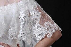 Image 4 - NZUK Высококачественная Тюлевая Короткая Свадебная накидка в горошек с кружевным подолом белые свадебные куртки обертки на заказ