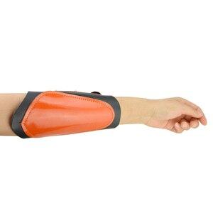 Image 4 - 1pc épaissi peau de vache bras garde élasticité réglable professionnel tir à larc bras sécurité équipement de protection