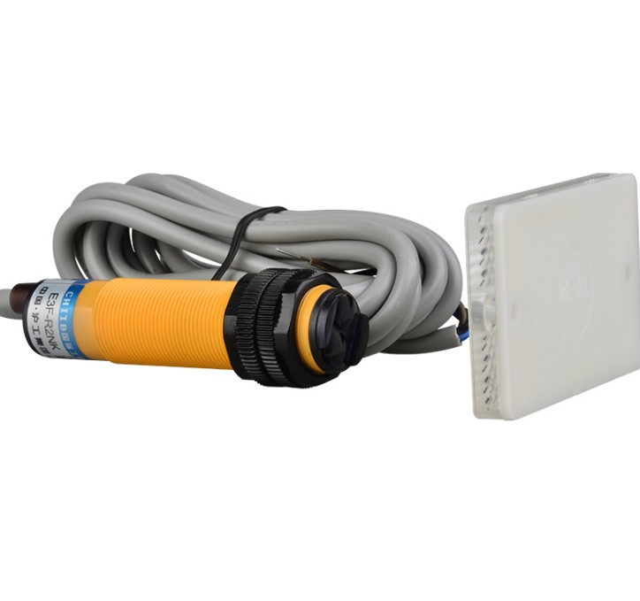 2 шт. Бесконтактный переключатель обратная связь рефлекторный фотоэлектрический переключатель E3F-R2NK постоянного тока NPN без диаметра 18 мм р...