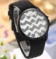 ใหม่ร้อนขายนาฬิกาย้อนยุคที่มีสีสันควอตซ์นาฬิกาข้อมือ=แฟชั่นชั่วโมงM Arksระลอกกรณีถักสร้อยข...