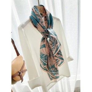 Image 5 - Châle carré en soie 100%, grand Foulard enveloppant de luxe pour femmes, écharpe de luxe, 110cm