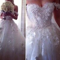 Pearl Beaded Body Fitted Romantic Wedding Dress Elegant Lace Vintage Victorian Gothic Wedding Dress Arabic Oriental Dress Dubai