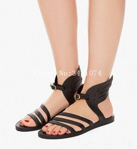 2018 verano moda gladiador plano con alas sólidas ocio mujeres sandalias moda más caliente dos colores oro Aad negro sandalias-in Sandalias de mujer from zapatos    3