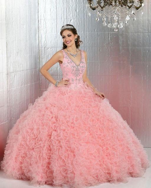 Hermosa Blush Pink Vestidos de Quinceañera Cascading Ruffles Rebordear Con Cuello En V Sin Respaldo Vestido de Debutante 15 Años vestido de Fiesta renda