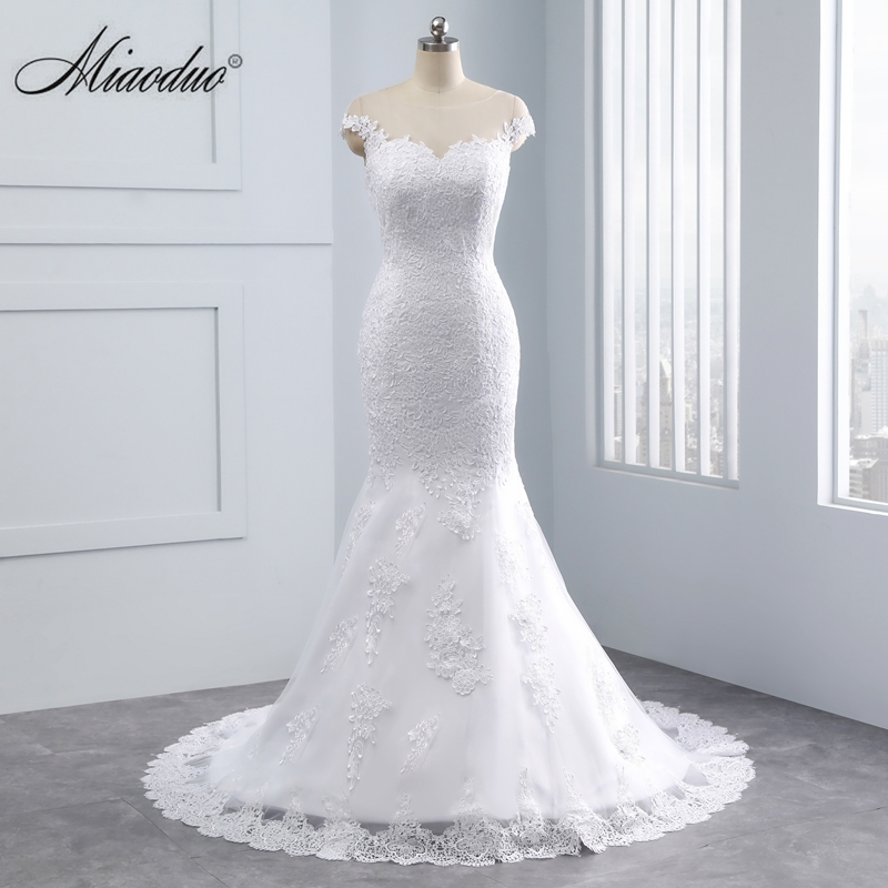 Miaoduo Applique Lace Mermaid Wedding Dress Full Length Scoop Neck Bridal Gown 2019 With Button Bridal