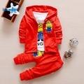 Ternos de Roupas infantis 2017 Crianças Meninos Roupas de Outono 2017 Nova Moda de Algodão Dos Desenhos Animados 3 pcs CoatT-shirt Calças T2693