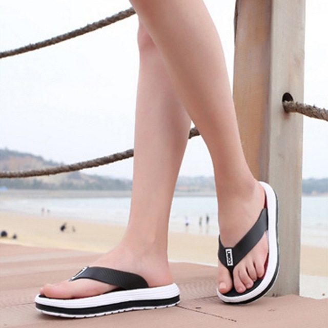 c899d9ef8 Laamei 2018 Summer Slippers Women Casual Massage Durable Flip Flops Beach  Sandals Female Wedge Shoes Striped Lady Room Slippers