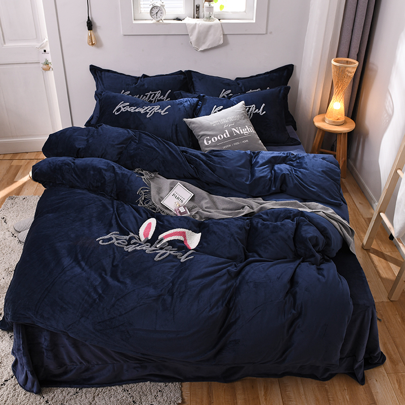 Cute rabbit Bedding set Thick Fleece Warm Winter Bed set King Queen Twin queen king size Duvet cover Pillow Cover Bed sheetCute rabbit Bedding set Thick Fleece Warm Winter Bed set King Queen Twin queen king size Duvet cover Pillow Cover Bed sheet
