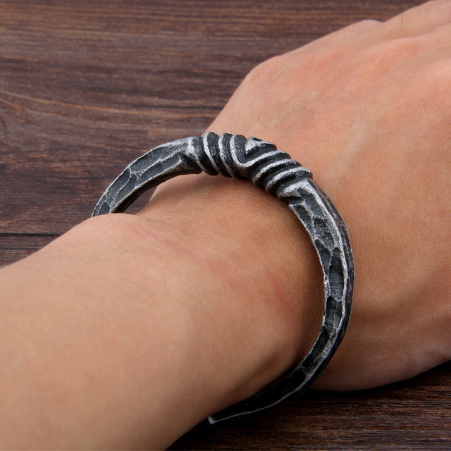 Yage Iron Color Deep Gray Celtic Viking rune Bangle