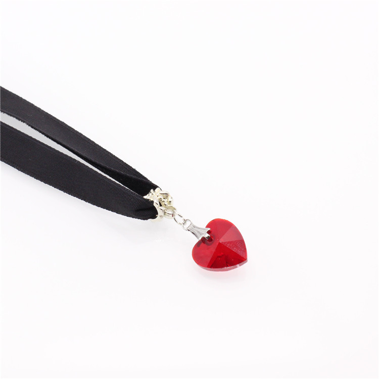 HTB1Qd5EQFXXXXaDaXXXq6xXFXXXf - New Fashion Woman Velvet Choker Heart Crystal Pendant Necklaces For Women Jewelry Female Black Ribbon Necklace Party Gift Collar