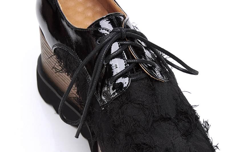 Krazing pot Herfst vierkante teen speciale materiaal lace up platte platform loafers ademend vintage moderne fringe oxfords schoenen L35-in Platte damesschoenen van Schoenen op  Groep 3
