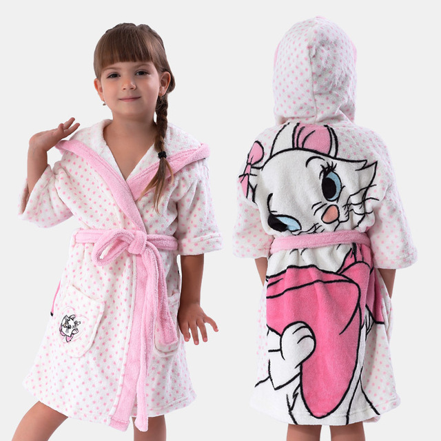 Girls White Bathrobe With Hood Coral Fleece Printed Cat Marie White Roupao  Infantil Kids Pajamas Robe d489a448a