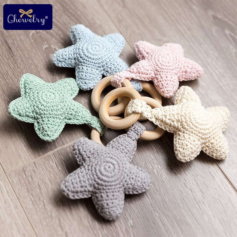 Baby Rattle Star Wood Teether  Baby Teething Ring Chewie Teether Crochet Knitted Star Pendant Toy Gift Play Gym Montessori Toys