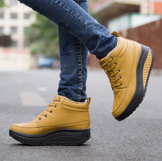 2017 New Winter Plus Velvet Warm Women Wedge Casual Shoes Outdoor Waterproof Height Increasing Snow Boots Shoes Woman Black