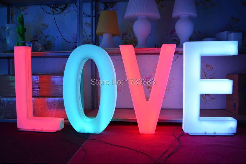 Waterproof Height 82cm Plastic LED Light Up Letters/Numbers Rechargeable Luminous number Alphabet sign for Wed Events Decoration