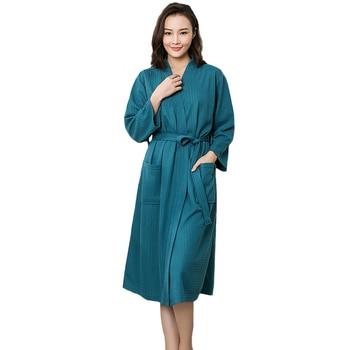 02d9a4021 Plus Size Mulheres Quimono Roupão Roupão Sexy Camisola de Algodão Longo  Sleepwear Noiva Dama de Honra Do Casamento Chinês Sólida Senhora Roupa de  Dormir