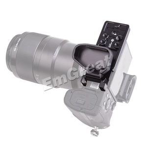 "Image 3 - Lennon Sony Aynasız Kamera için Quick Release L Plaka Braketi Kavrama A7II A7RII A7RIII A7SII A9 ile 1/4 ""& 3/8"" konu Delik"